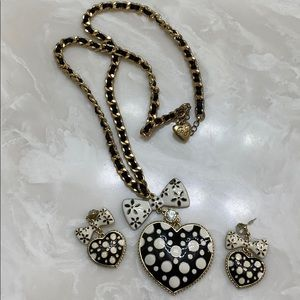 Betsey Johnson heart set